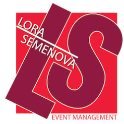 Лора Семенова